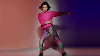 SKECHERS Burst TV Spot, 'Energía' con Demi Lovato [Spanish] - Thumbnail 4