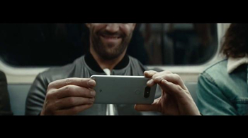 LG G5 TV Spot, 'Get Ready to Play: Subway' Featuring Jason Statham - Thumbnail 4