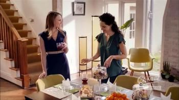 Chinet Cut Crystal TV Spot, 'The Grown-Ups Table' - Thumbnail 3