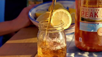 Gold Peak Iced Tea TV Spot, 'Home-Brewed Delivery' - Thumbnail 4
