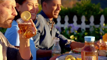 Gold Peak Iced Tea TV Spot, 'Home-Brewed Delivery' - Thumbnail 5