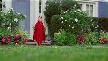 Scotts Turf Builder Weed & Feed TV Spot, 'Evil Weeds'