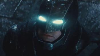 Batman v Superman Helmet & Strike Blaster TV Spot, 'Villains Beware' - Thumbnail 2
