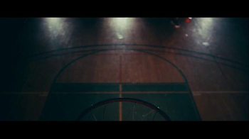 Budweiser TV Spot, 'Not Backing Down: March Madness' Song by Baauer - Thumbnail 2