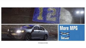 Honda Dream Garage Sales Event TV Spot, 'Built on First: 2016 Accord' - Thumbnail 5