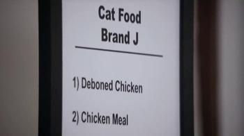 Blue Buffalo TV Spot, 'Cat Lovers Compare Brands' - Thumbnail 2