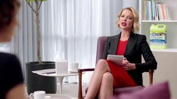 Cat's Pride Fresh & Light TV Spot, 'Odor Control' Featuring Katherine Heigl - Thumbnail 3