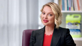 Cat's Pride Fresh & Light TV Spot, 'Odor Control' Featuring Katherine Heigl - Thumbnail 7