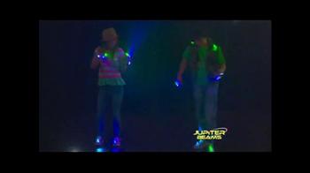 Jupiter Beams TV Spot, 'LED Finger Lights' - Thumbnail 4