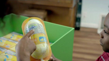 Swiffer Sweeper TV Spot, 'Keeping Your Home Dog Hair-Free' - Thumbnail 5