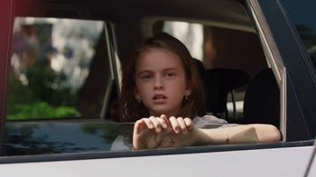 Crocs, Inc. TV Spot, 'Mom's Day Off' - Thumbnail 5