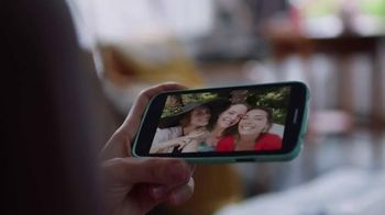 Crocs, Inc. TV Spot, 'Mom's Day Off' - Thumbnail 7