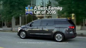 2016 Kia Sedona TV Spot, 'Family Car' - Thumbnail 5
