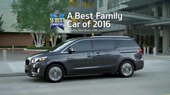 2016 Kia Sedona TV Spot, 'Family Car' - Thumbnail 6