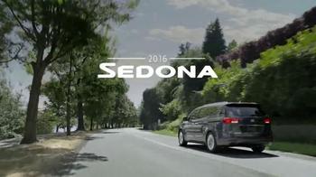 2016 Kia Sedona TV Spot, 'Family Car' - Thumbnail 7