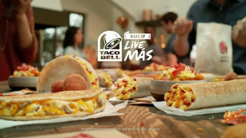 Taco Bell Grilled Breakfast Burrito TV Spot, 'This or That: Burrito' - Thumbnail 9