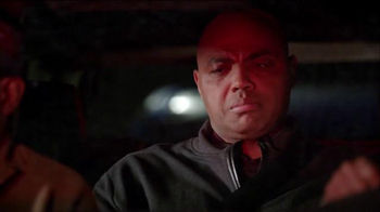 Capital One TV Spot, 'Flying' Featuring Charles Barkley, Samuel L. Jackson - Thumbnail 5