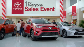Toyota 1 for Everyone Sales Event TV Spot, 'Favorite Toyota: 2016 Sienna' - Thumbnail 3