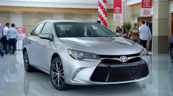 Toyota 1 for Everyone Sales Event TV Spot, 'Favorite Toyota: 2016 Sienna' - Thumbnail 6