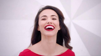 Colgate Optic White TV Spot, 'Las fotos' con Leslie Grace [Spanish] - Thumbnail 3