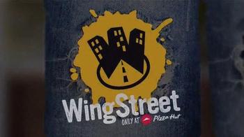 Pizza Hut Wing Street TV Spot, 'Adult Swim: Washing Machine' - Thumbnail 4