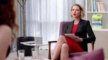 Cat's Pride Fresh & Light TV Spot, 'Low Dust' Featuring Katherine Heigl - Thumbnail 3