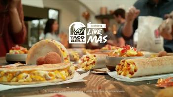 Taco Bell Grilled Breakfast Burrito TV Spot, '¿Esta o aquella?' [Spanish] - Thumbnail 9