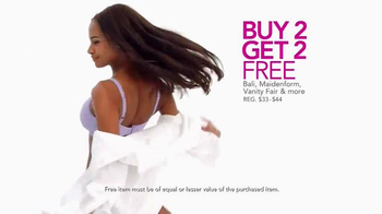 Macy's Lowest Prices of the Season TV Spot, 'Jewelry, Shoes and Apparel' - Thumbnail 5