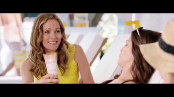 Jergens TV Spot, 'How To Get That Poolside Glow' Featuring Leslie Mann - 3268 commercial airings