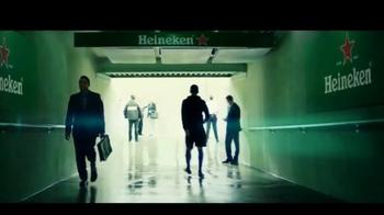 Heineken TV Spot, 'El fútbol está aquí' con David Villa [Spanish] - Thumbnail 4