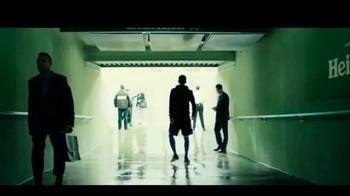 Heineken TV Spot, 'El fútbol está aquí' con David Villa [Spanish] - Thumbnail 5