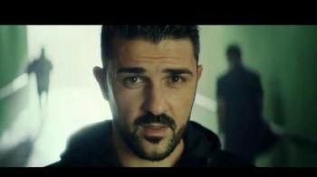 Heineken TV Spot, 'El fútbol está aquí' con David Villa [Spanish] - Thumbnail 6