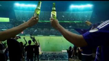 Heineken TV Spot, 'El fútbol está aquí' con David Villa [Spanish] - Thumbnail 8
