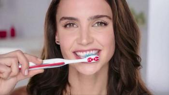 Colgate Optic White Toothbrush Plus Whitening Pen TV Spot, 'No Mess' - Thumbnail 5