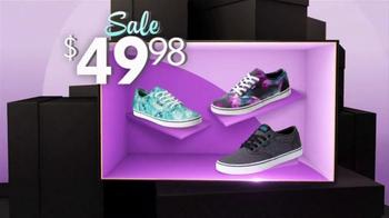 Shoe Carnival Spring Sale TV Spot, 'Name-Brand Athletics' - Thumbnail 3