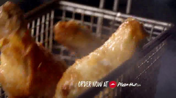 Pizza Hut Wing Street TV Spot, 'No Pants Required' - Thumbnail 6