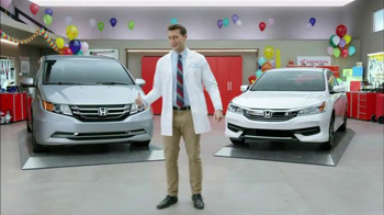 Honda Dream Garage Sales Event TV Spot, 'Clowns' - Thumbnail 3