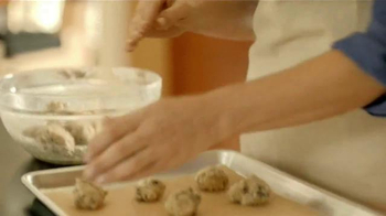 Bob's Red Mill TV Spot, 'Here's to Bakers' - Thumbnail 5