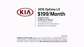2016 Kia Optima TV Spot, 'Morning Cup of Coffee' - Thumbnail 7