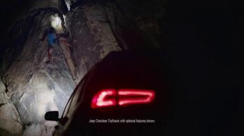 2016 Jeep Cherokee Trailhawk TV Spot, 'No Boundaries' - Thumbnail 2