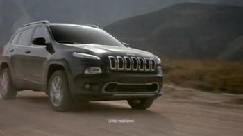 2016 Jeep Cherokee Trailhawk TV Spot, 'No Boundaries' - Thumbnail 5