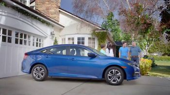Honda Gran Venta el Garaje de Tus Sueños TV Spot, '2016 Civic LX' [Spanish] - Thumbnail 4