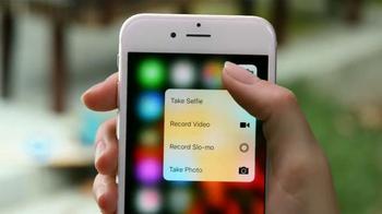 Apple iPhone 6s TV Spot, 'Menos tiempo' con Aubrey Plaza [Spanish] - Thumbnail 5