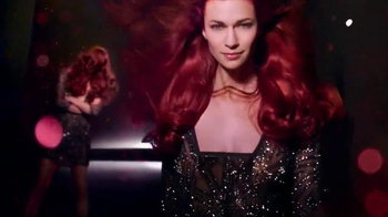 Schwarzkopf Color Ultime TV Spot, 'Light Up the Runway' - Thumbnail 8
