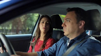 Volkswagen Evento Safety in Numbers TV Spot, 'No paren' [Spanish] - Thumbnail 5