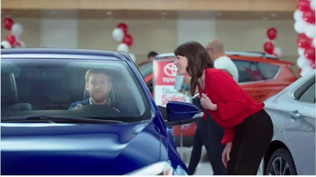 Toyota 1 for Everyone Sales Event TV Spot, 'Sound System: 2016 Corolla' - Thumbnail 8