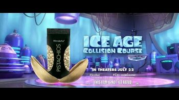 Wonderful Pistachios TV Spot, 'Get Crackin' With Ice Age: Collision Course' - Thumbnail 7