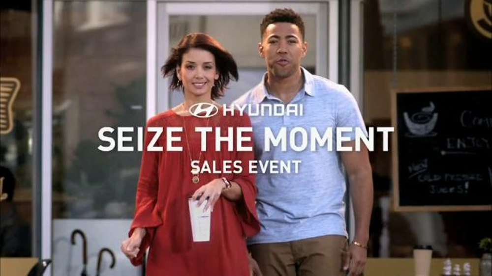 Hyundai Seize the Moment Sales Event TV Commercial, 'Coffee Shop'
