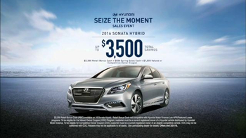 Hyundai Seize the Moment Sales Event TV Spot, 'Coffee Shop' - Thumbnail 10