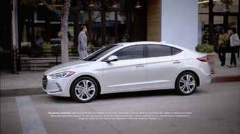 Hyundai Seize the Moment Sales Event TV Spot, 'Coffee Shop' - Thumbnail 4